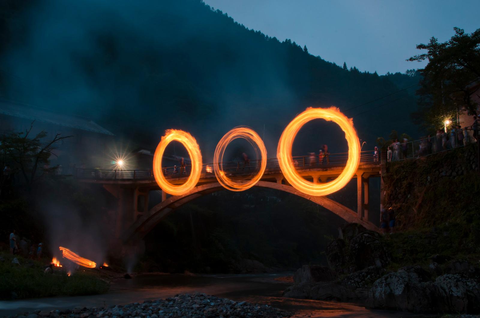 山間の火祭り群馬県南牧村、大日向の火とぼしを見に行った6年前